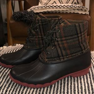 SPERRY Saltwater Duck Boots with Plaid